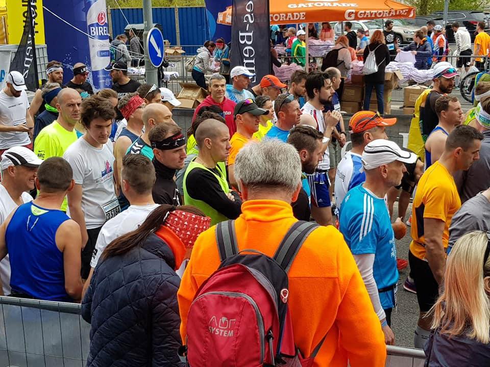 Zrenjanin - Zrenjaninski maratonci na maratonu u Bratislavi - foto Privatna arhiva 2
