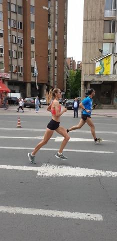 Zrenjanin - Biljana Kiridžijeva maratonka kluba AS 023 iz ZR 2 na skopskom maratonu foto Lična arhiva