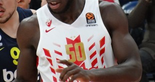1200px-Michael_Ojo_(basketball,_born_1993)_50_KK_Crvena_zvezda_EuroLeague_20191010_(1)